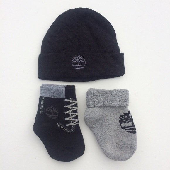 Timberland Other - Timberland infant beanie + socks set
